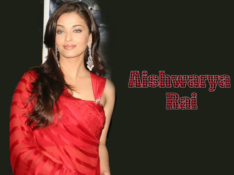 Sexy Aishwarya Rai Red Saree Wallpaper