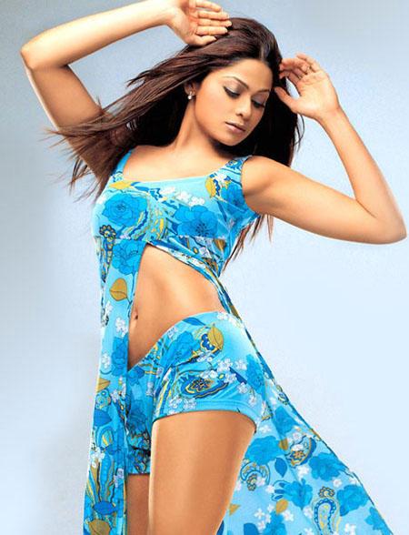 Shamita Shetty Bold Hot Photo Shoot