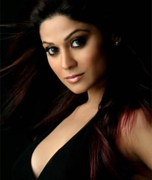 Shamita Shetty Sexy Eyes Look Hot Photo