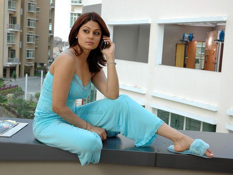Shamita Shetty Sizzling Hot Sexy Still