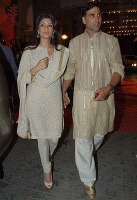 Twinkle Khanna and Akki at Dr PK Agarwals Daughter Wedding