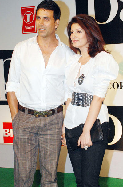 Twinkle Khanna and Akshay Beauty Still