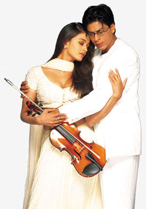 SRK and Aish in Mohabbatein