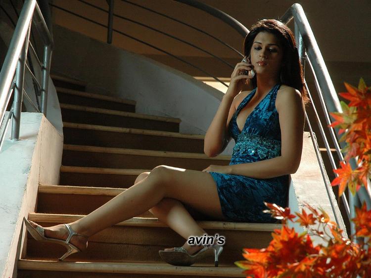 Shraddha Das Glamour Look Pic