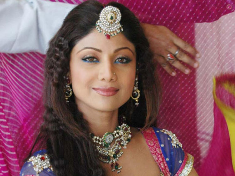 Shilpa Shetty Looking Beautiful