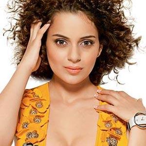 Kangana Ranaut Curly Hair Hot Wallpaper