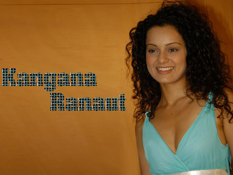 Kangana Ranaut Smiling Wallpaper