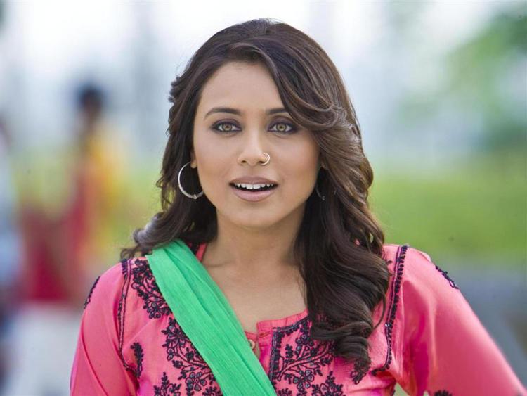 Rani Mukherjee Cute Still In Dil Bole Hadippa
