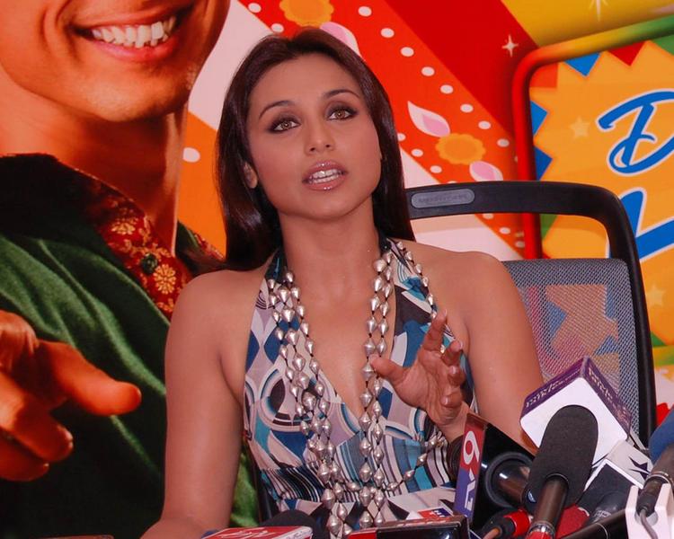 Rani Mukherjee At Dil bole Haddipa Promo