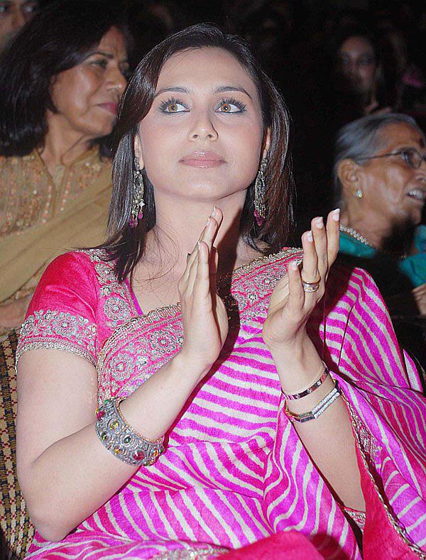 Rani Mukherjee Gorgeous Saree Pic