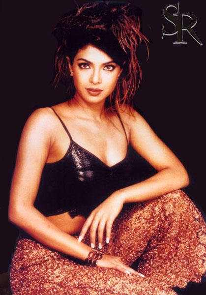 Priyanka Chopra Hot Eye Look Wallpaper