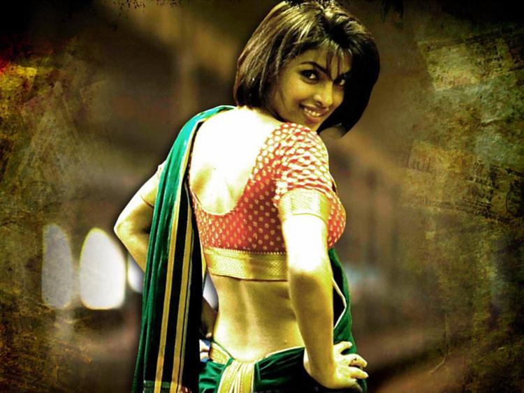 Priyanka Chopra Kaminey Movie Wallpaper