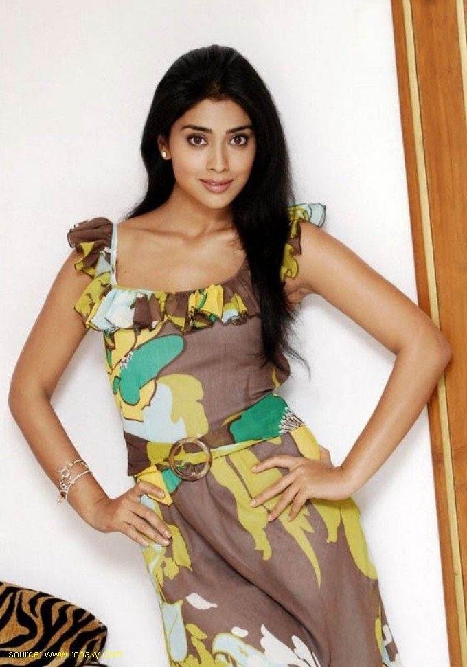 Hot Actress Shriya Saran Spicy Still