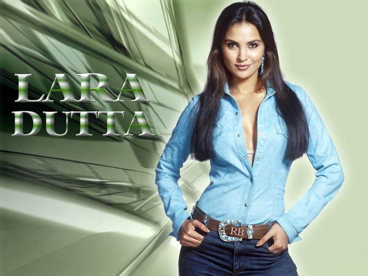 Lara Dutta Hot And Bold Wallpaper