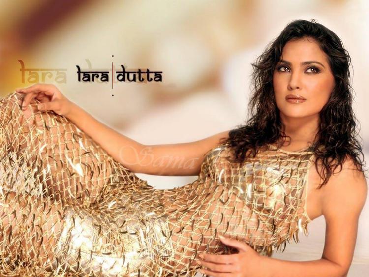 Lara Dutta Hot Wallpaper