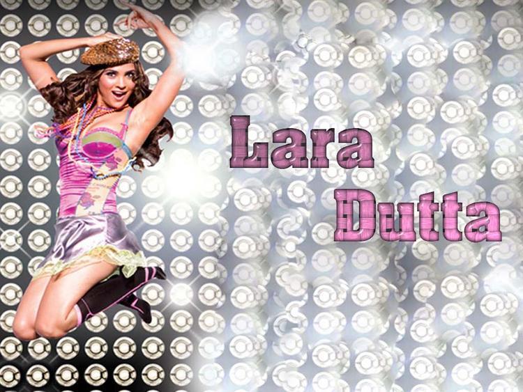 Lara Dutta Stylist Look Wallpaper
