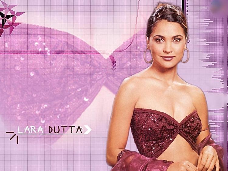 Sexy Lara Dutta Hottest Wallpaper
