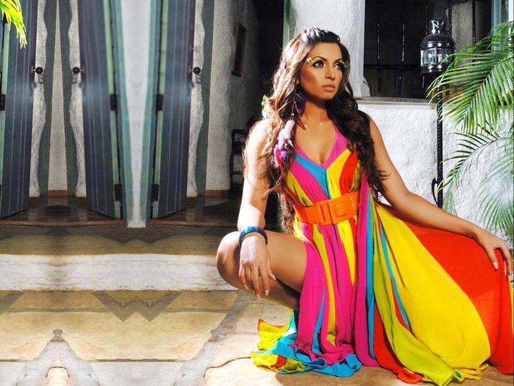 Shama Sikander Latest Hot Sexy Photo Shoot