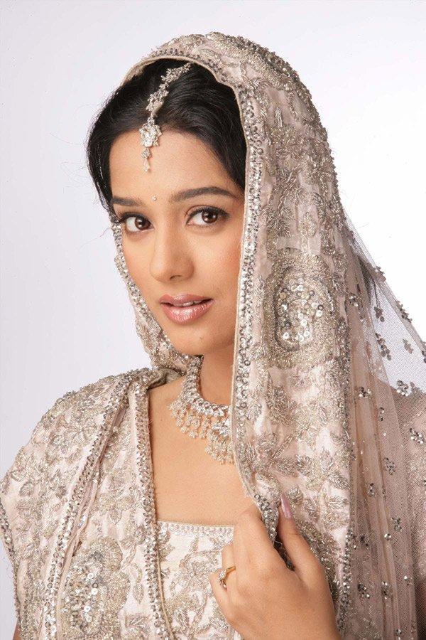 Amrita Rao In Bridal Dress Beauty Still