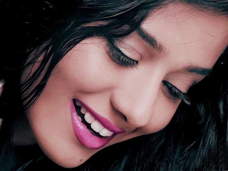 Amrita Rao Pink Lips Beauty Still