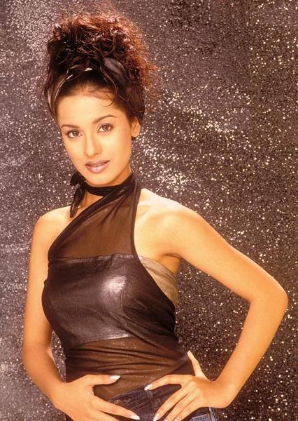 Amrita Rao Rock Hair Style Pic