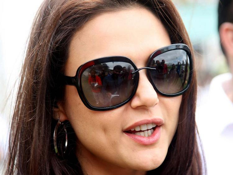 Preity Zinta Cute and Hot Face Wearing Goggles