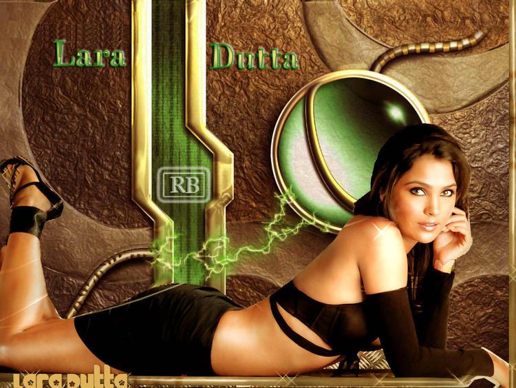 Lara Dutta Glossy Figure Show Wallpaper