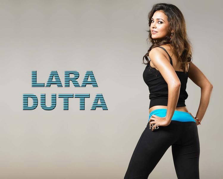 Lara Dutta Sexy Back Exposing Wallpaper