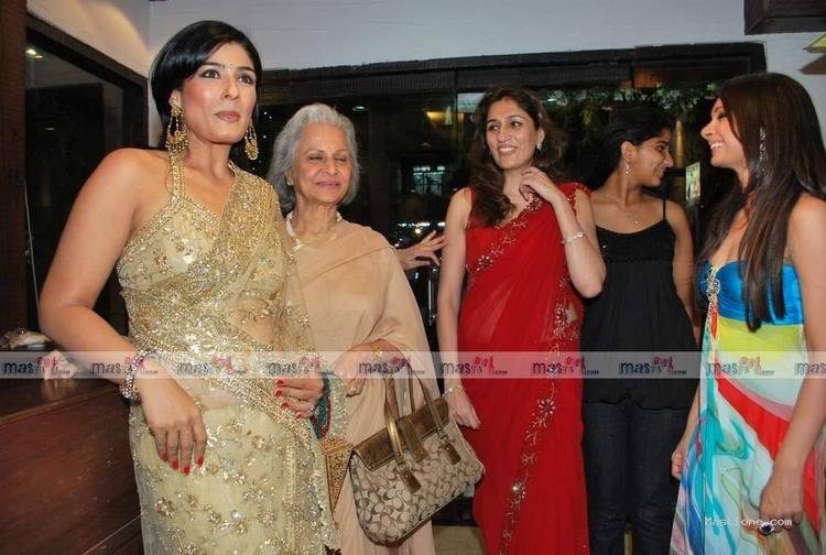 Raveena Tondon Poses In Gorgeous Saree