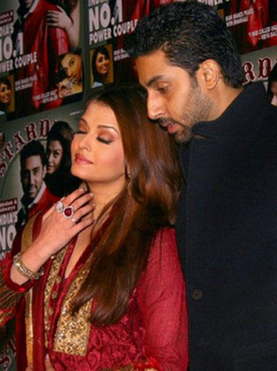 Abhishek and Aishwarya Sizzling Still
