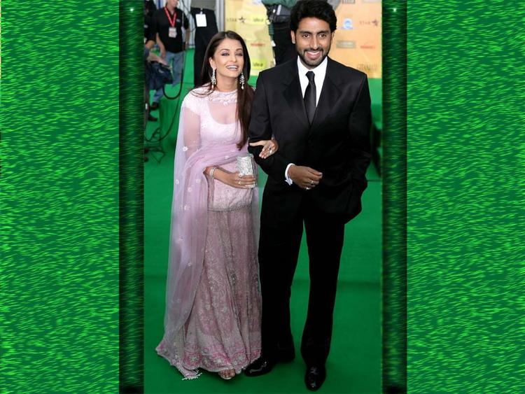 Aishwarya Rai with Abhishek Bachchan On Green Carpet