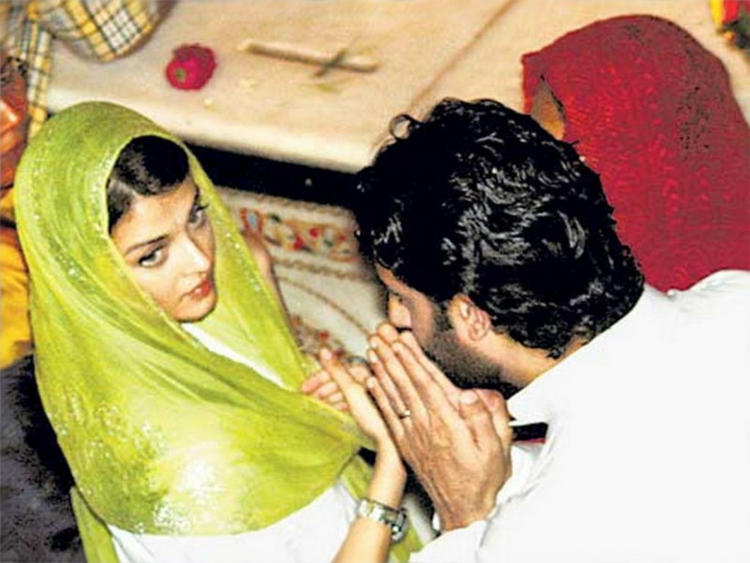 Aishwarya Rai and Abhishek Bachchan Photo