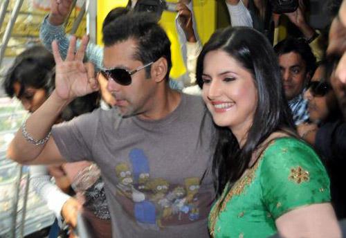 Zarine Khan and Sallu Latest Still