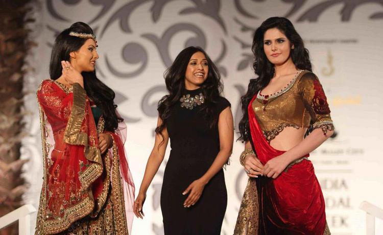 Zarine Khan Walk at India Bridal Week