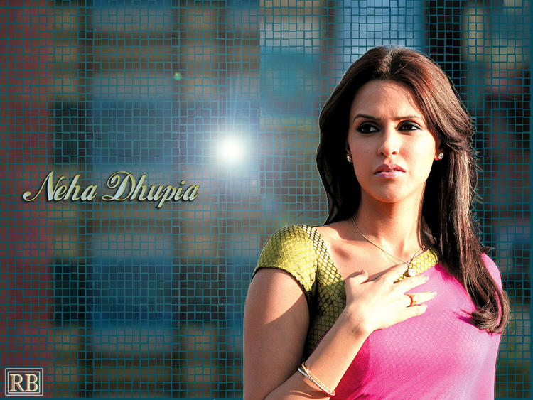Neha Dhupia Beauty and Stunning Still In Saree