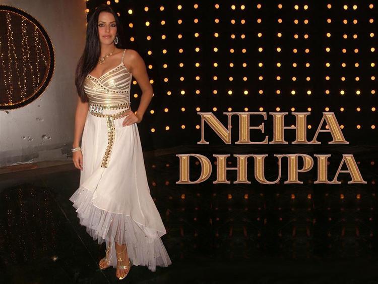 Neha Dhupia Wallpaper In Beautiful Dress