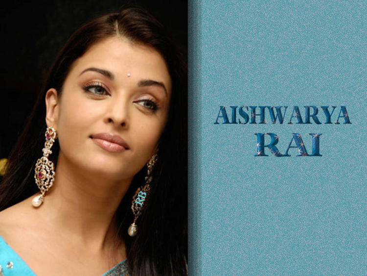 Aishwarya Rai Beautiful Face Wallpaper