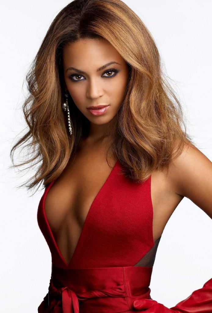 Beyonce Knowles Open Boob Photo