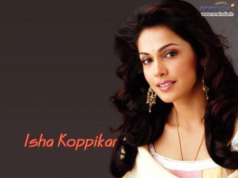 Sizzling Beauty Isha Koppikar Wallpaper