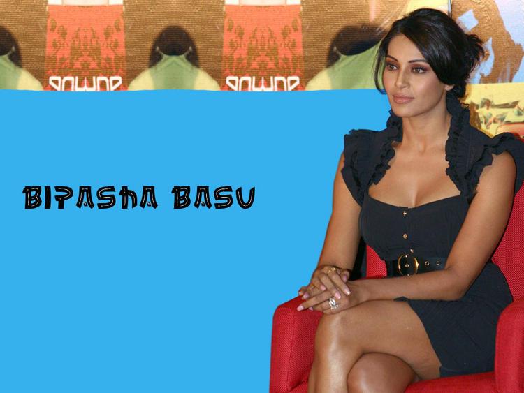 Porn pics of bipasha basu