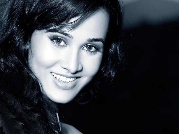 Nisha Kothari Sweet Smile Face Photo