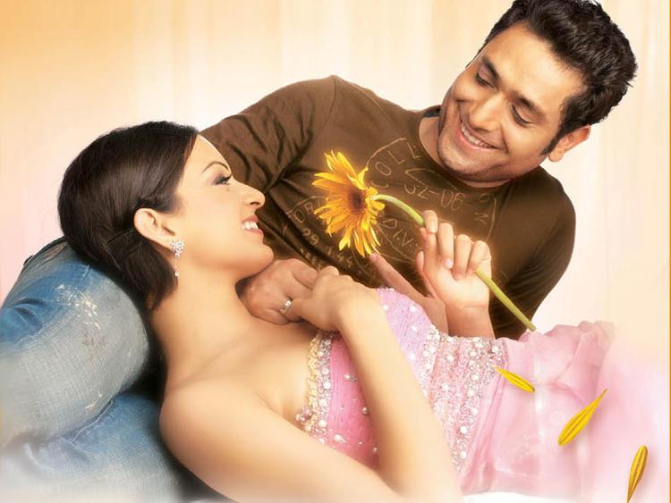 Kangana Ranaut Romance with Shiney Ahuja