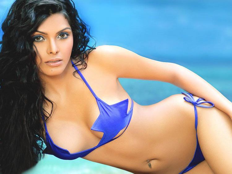 Mona Chopra Wet Bikini Shocking Wallpaper