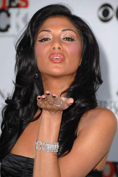 Nicole Scherzinger Flying Kiss Still