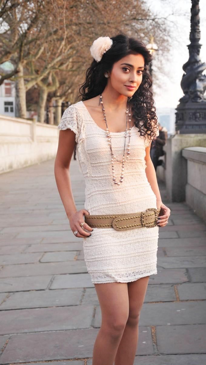 Shriya Saran In Mini Dress Stunning Pic