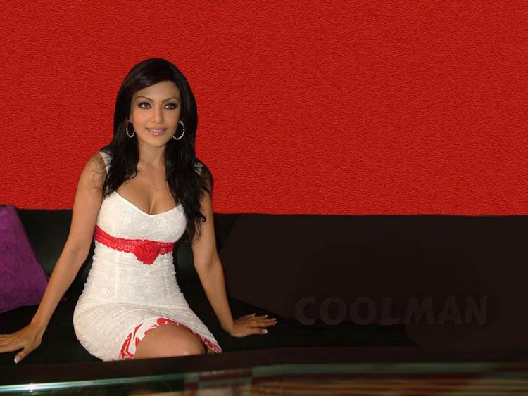 Koena Mitra Nice Look Wallpaper