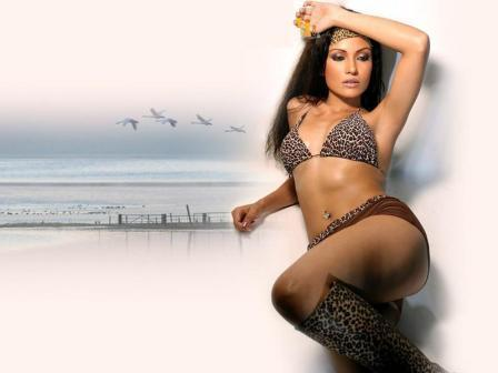Koena Mitra Shocking Still