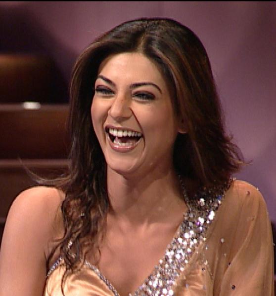 Sushmita Sen With Open Smile Pic