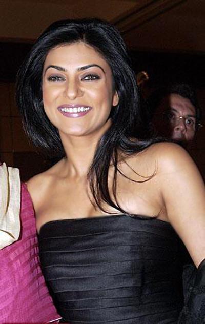 Sushmita Sen Strapless Black Dress Still