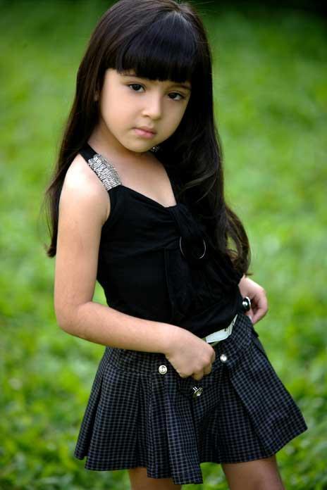 Baby Sara Black Dress Glamour Look Photo Shoot
